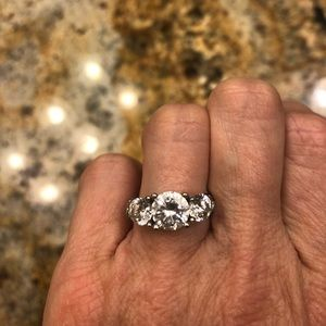 Diamond Nexus Gypsy 3 stone ring